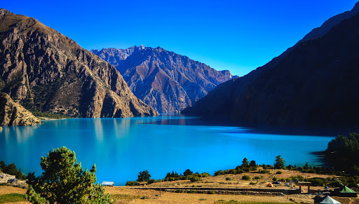 Shey Phoksundo lake in Nepal